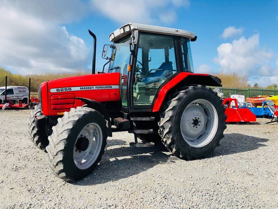 2003 Massey Ferguson 6255 – UK Import